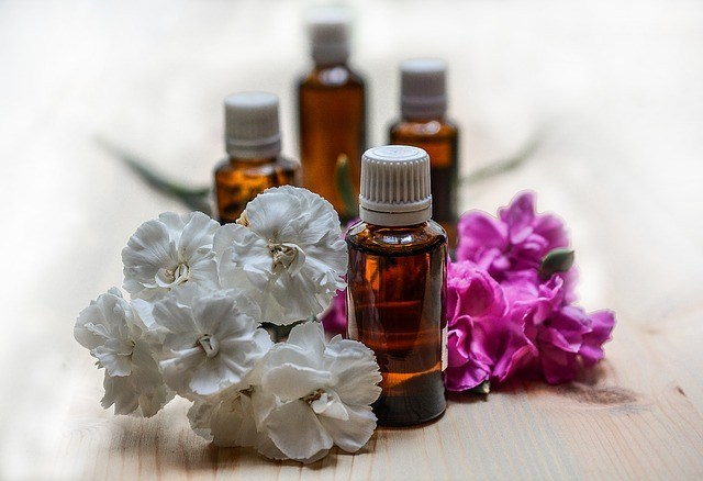 10 Essential Oils For Weight Loss